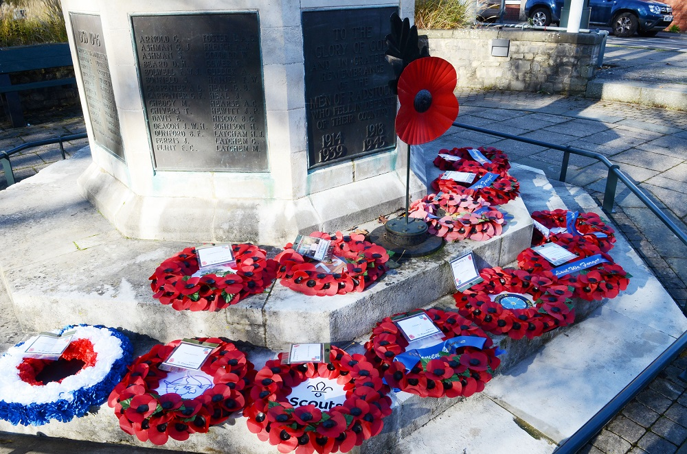 RBL Wreath Laying 4 reduced